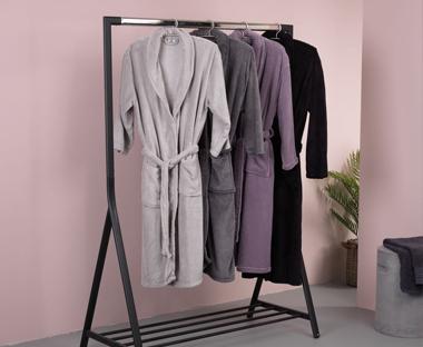 Badkamer Kast Handdoeken : Richt je badkamer in met handdoeken en accessoires van jysk