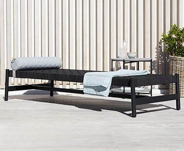 Ligbed Tuin Aanbiedingen : Ligstoelen ontspannen met een ligstoel of ligbed van jysk
