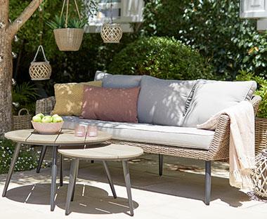 Lounge Meubelen Tuin : Lounge meubelen ontspannen met een loungebank van jysk