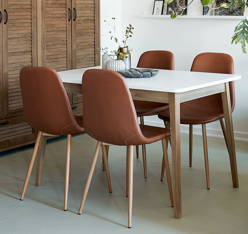 Dining table with 4 dining chairs in faux leather