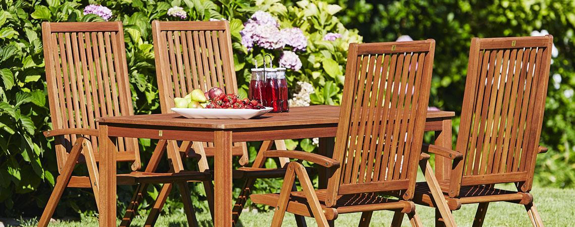 Onderhoud Houten Tuinstoelen.Het Zomerklaar Maken En Onderhouden Van Houten Tuinmeubelen Jysk